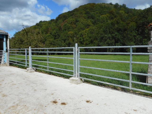 Barrieres_agricoles_sur_site_Sost_-4-